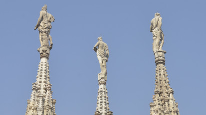 The 136th spire on the Duomo!